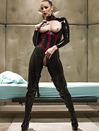 120 Latex pics and videos