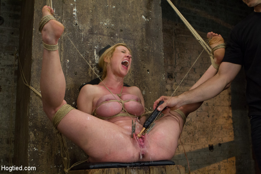 Bdsm squirting