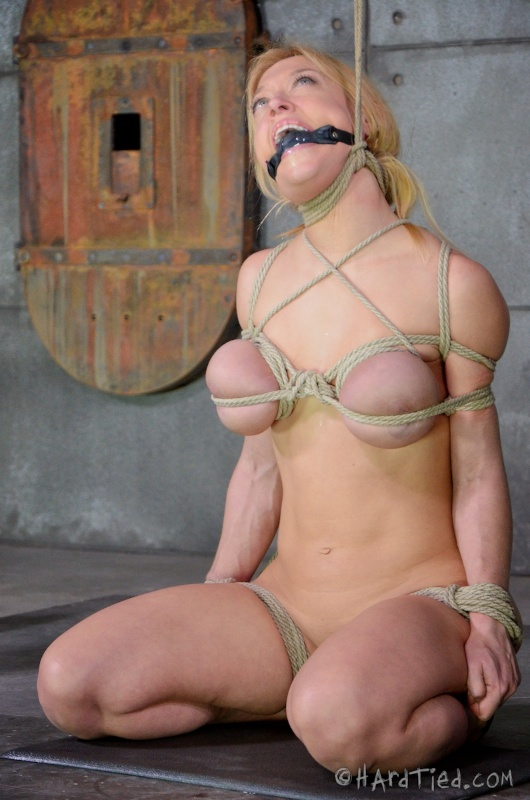 Tie My Tits 111