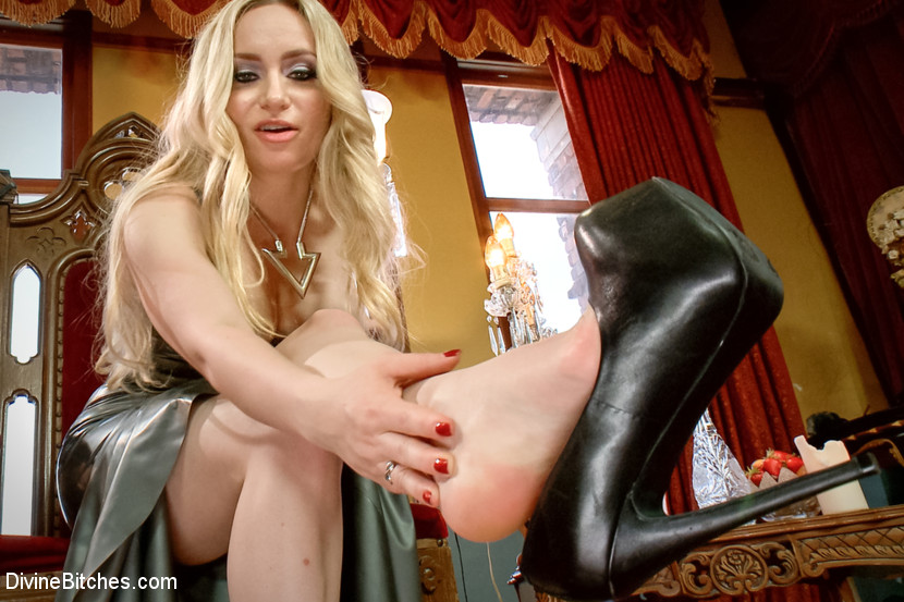 Sexy girl ass tease