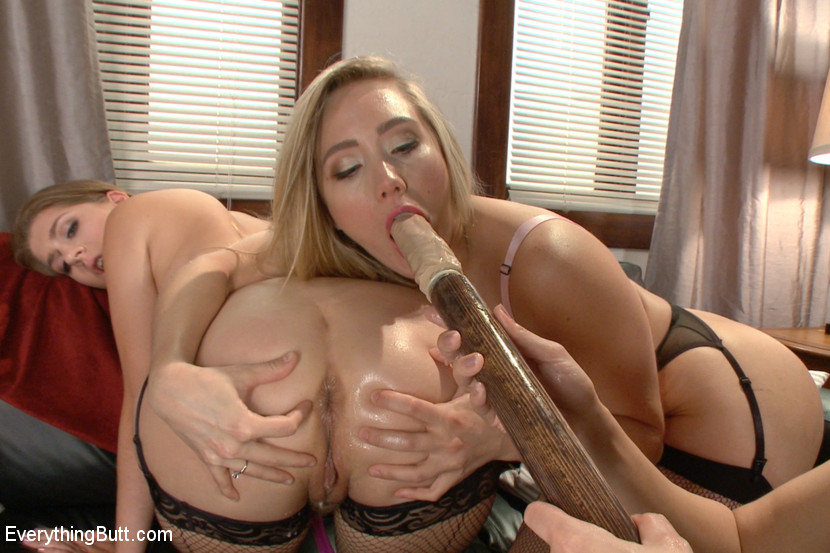 Hot blondes big breast